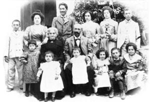 Familia Stinga Parrilla